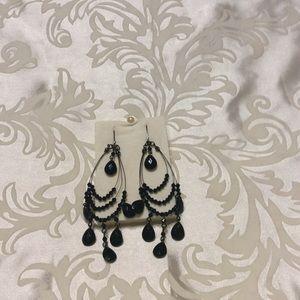 Teardrop Wire Hoop Earrings In Signature Box JET